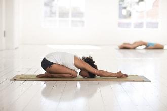 clases de yoga grupos san juan de alicante
